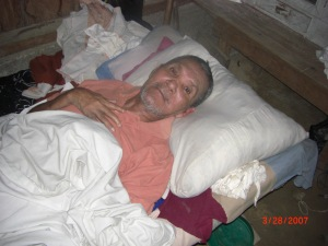 HondurasMan in Bed byK Smith.xxx compressed Mar2007